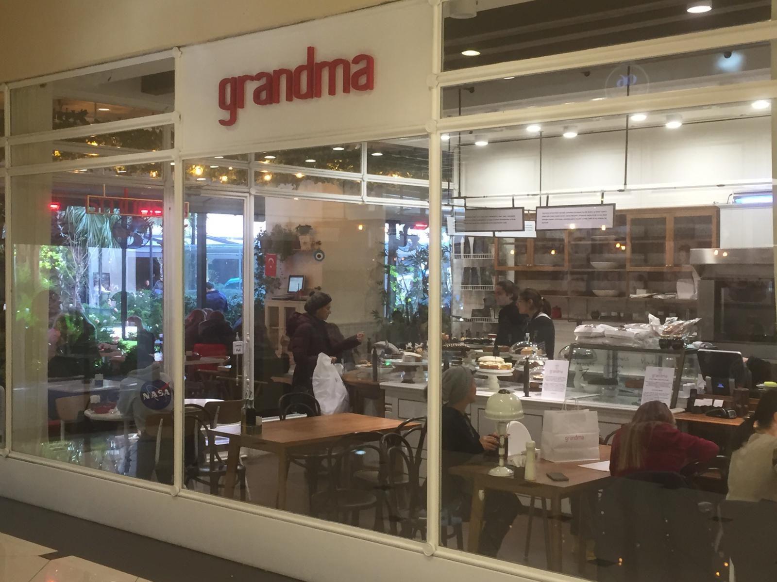 Grandma Fotoğrafları